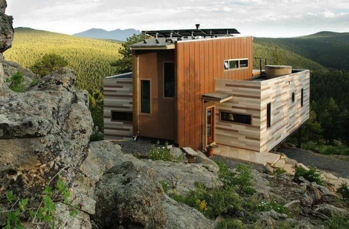 Як побудувати будинок з контейнерів?