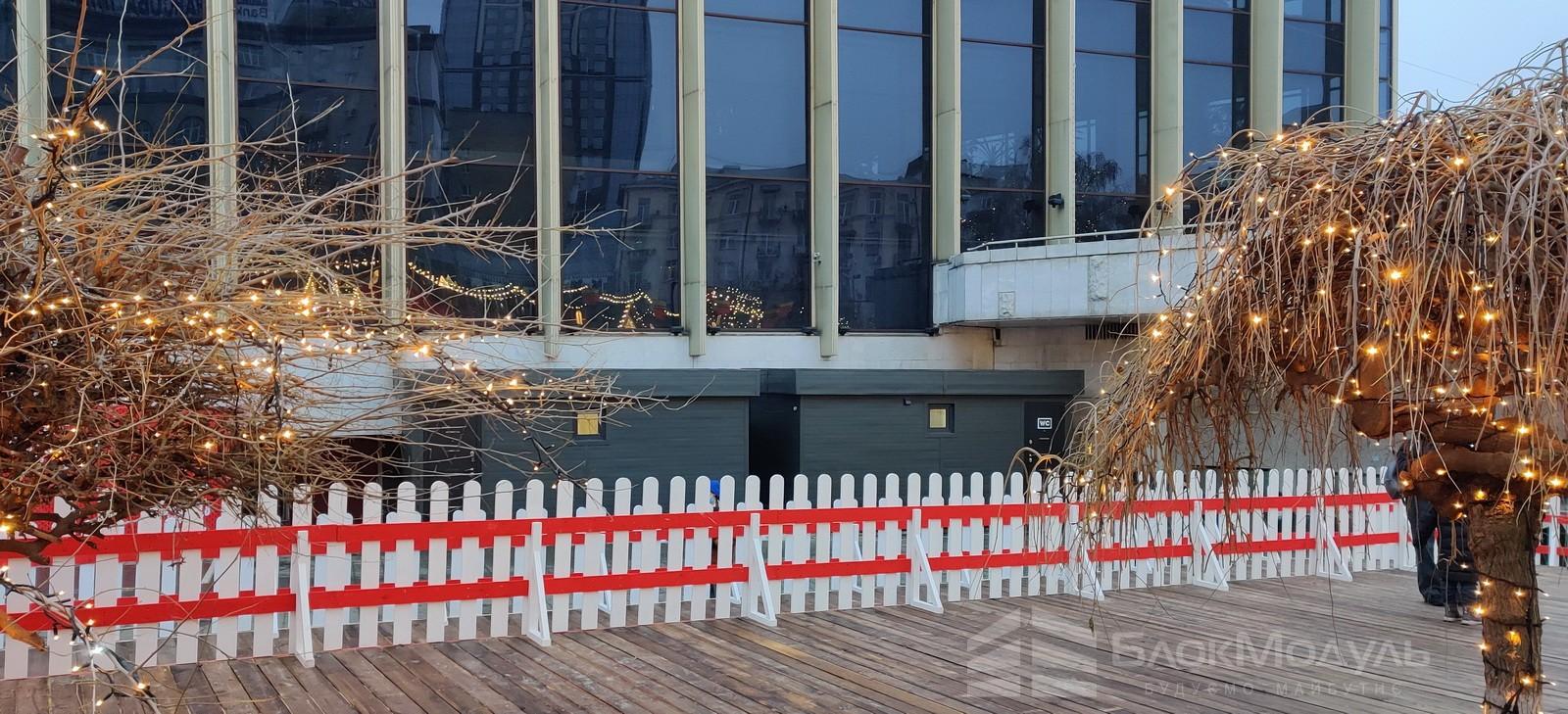 thumb_Модульные туалеты для Дворца Украины - Фото № 8